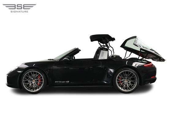 Porsche-911-Targa-4S-folding roof