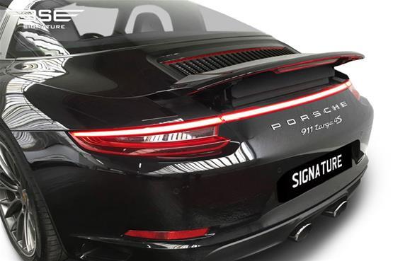 Porsche-911-Targa-4S-left tail light