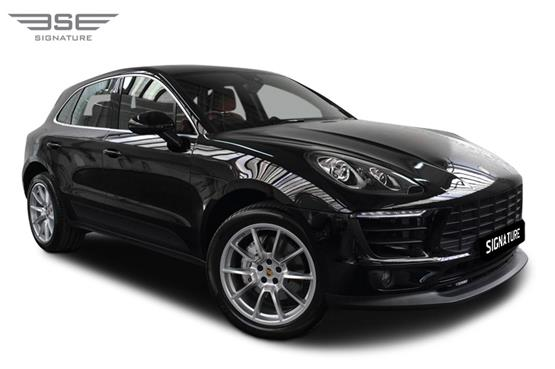 Porsche Macan S Right Front View