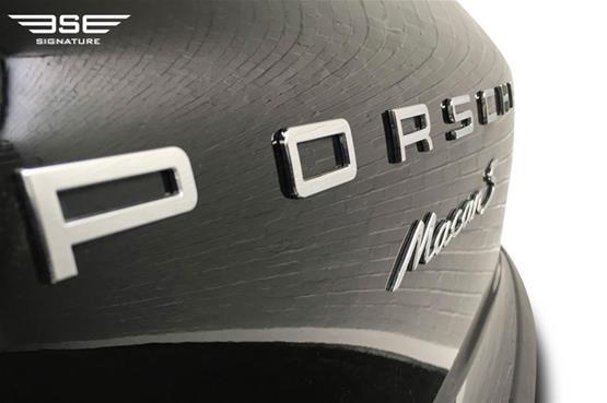 Porsche Macan S Logo 2
