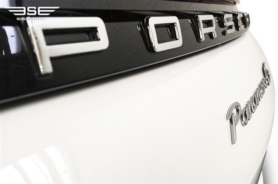 Porsche-Panamera4S-18