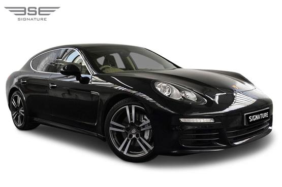 Porsche Panamera S Front Right View