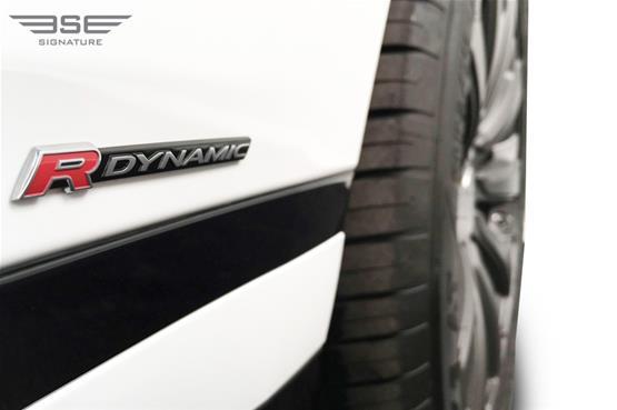 Range-Rover-velar-08