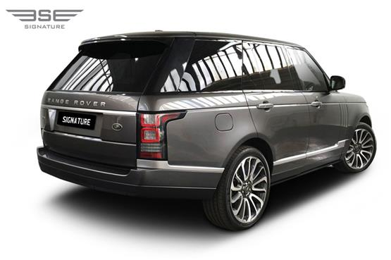 Range Rover Vogue Autobiography 4.4L Rear Right View