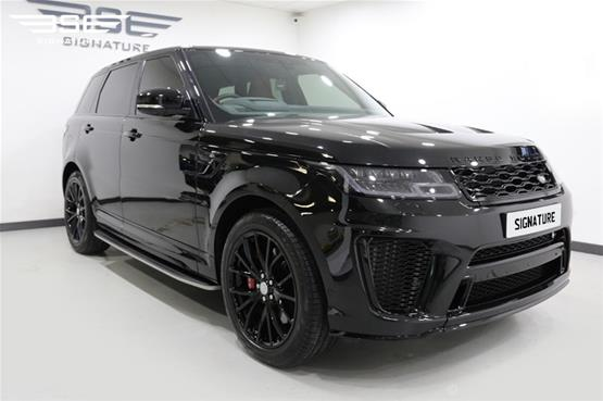 Range Rover Sport SVR 2018 - Right Front View