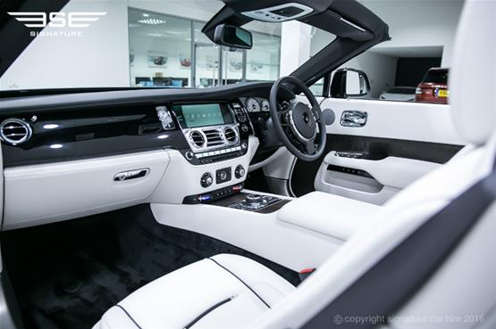 Rolls Royce Dawn Dashboard