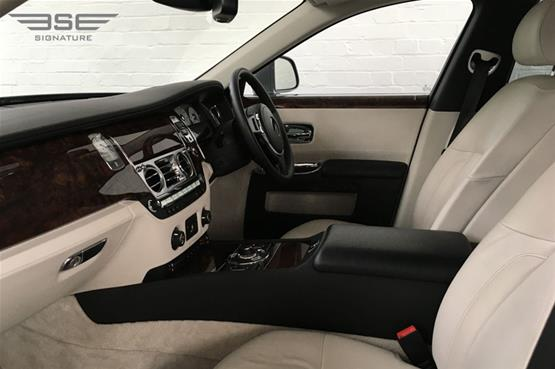Rolls Royce Ghost Front Seats