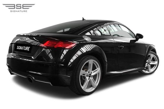 Audi TT Right Rear View