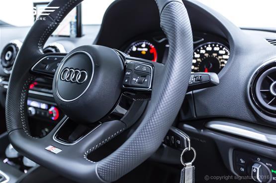 audi-a3-2.0-tdi-s-line-sportback-steering-wheel