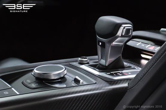 audi-r8-gears