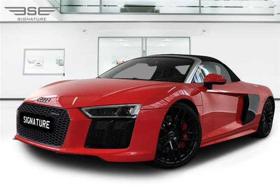 Rent Audi R8 V10 Spyder Convertible