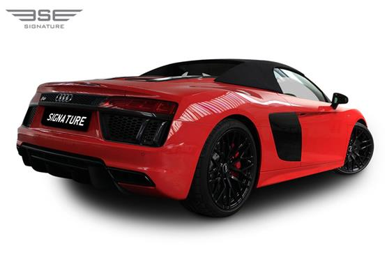 Audi R8 V10 Spyder Rear Right View