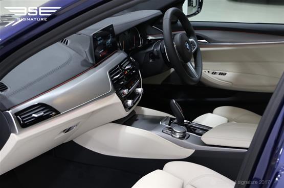 bme-250d-dash-passenger-side