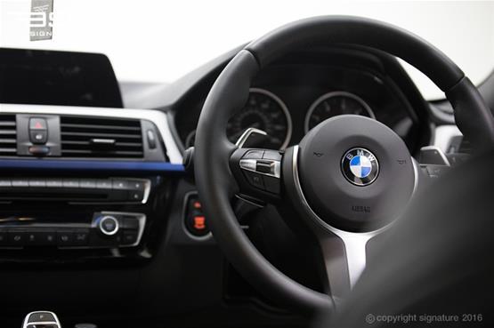 bmw-335d-xdrive-m-sport-dash