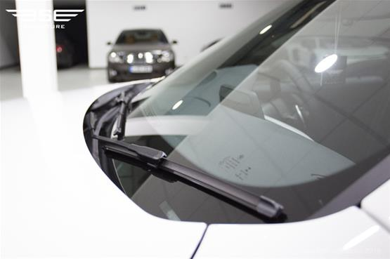bmw-335d-xdrive-m-sport-windscreen