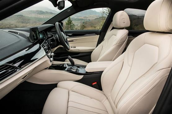 bmw-520d-front-seat