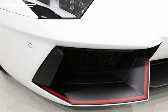 lamborghini-aventador-pirelli-edition-09