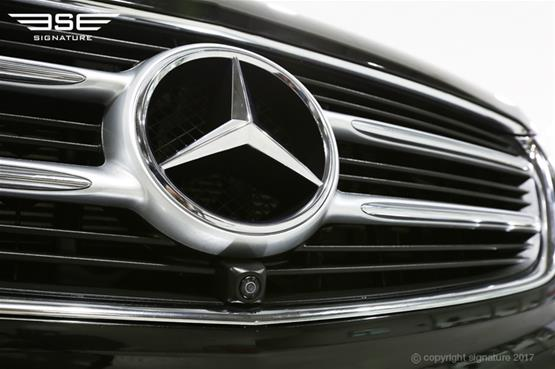 luxury-mercedes-v-class-grille