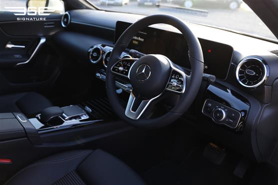 Mercedes A180 Sport Executive Front Interior