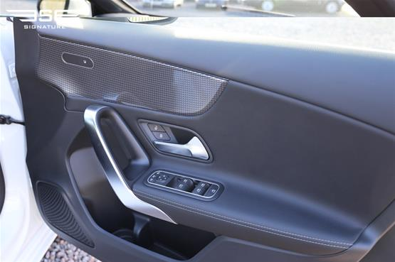 Mercedes A180 Sport Door Control