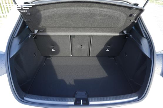 Mercedes A180 Sport Boot Space