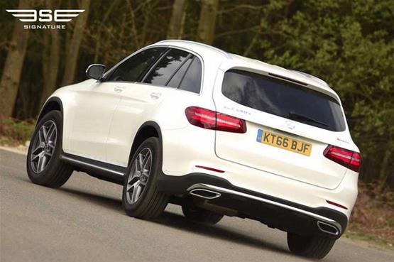 mercedes-GLC-220D-AMG-line-premium-plus-on-the-road1