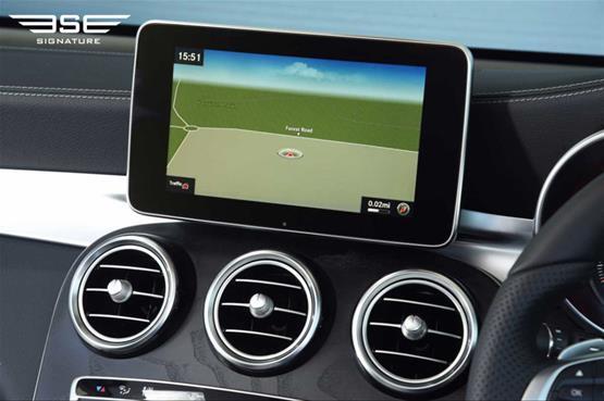 mercedes-GLC-220D-AMG-line-premium-plus-sat-nav