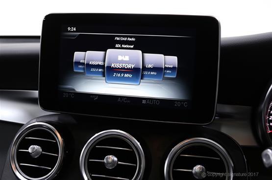 mercedes-GLC-AMG-line-radio