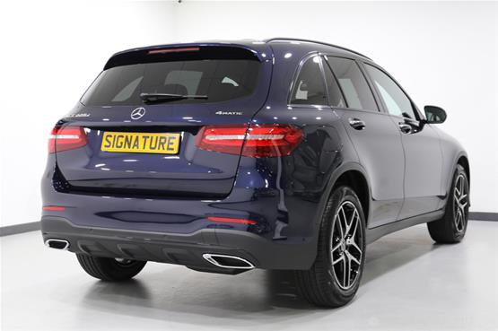 mercedes-GLC-AMG-line-rear-side