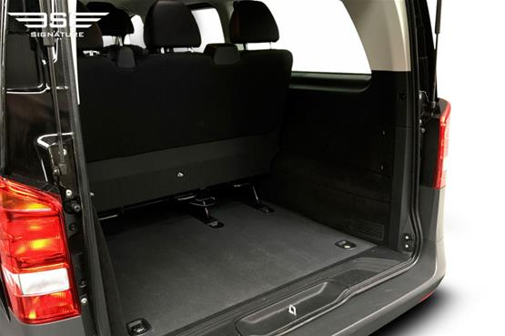 mercedes-Vito-boot space
