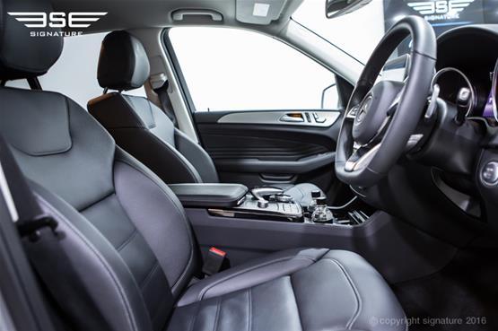 mercedes-benz-GLE-250-AMG-Line-front-interior