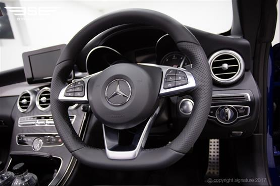 Mercedes C Class Cabriolet Dashboard