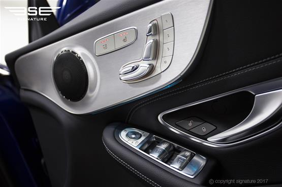 mercedes-c-class-cabriolet-inside-door