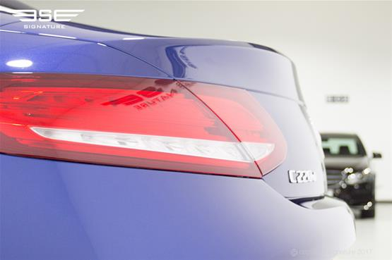 mercedes-c-class-cabriolet-tail-light