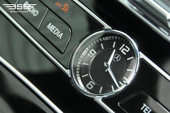 mercedes-e-350d-clock