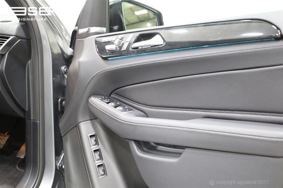 mercedes-gls-350d-drivers-door-interior