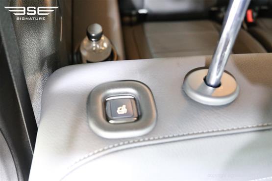 mercedes-gls-350d-head-rest-adjust