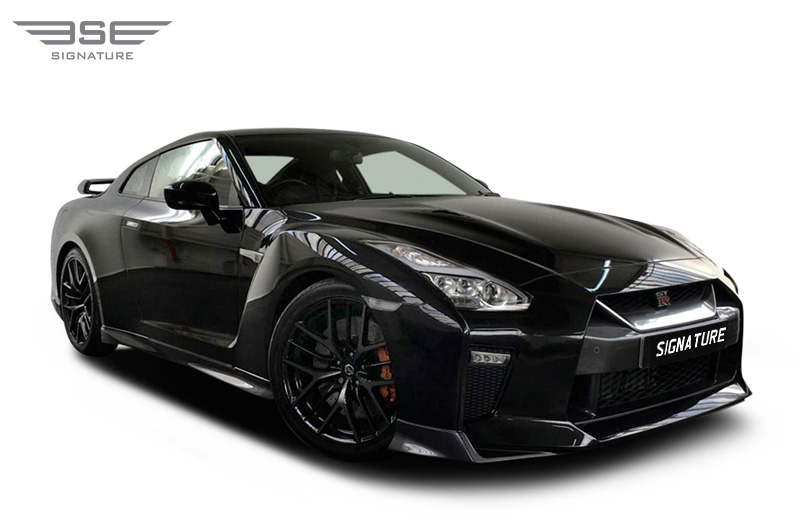 reputable site d4944 71ca1 Hire a Nissan GTR from Signature Car Hire - A Beast of Supercars