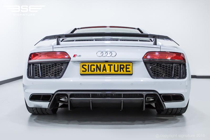 Audi R8 Interior Automatic Hire Audi R8 V10 Plus ...