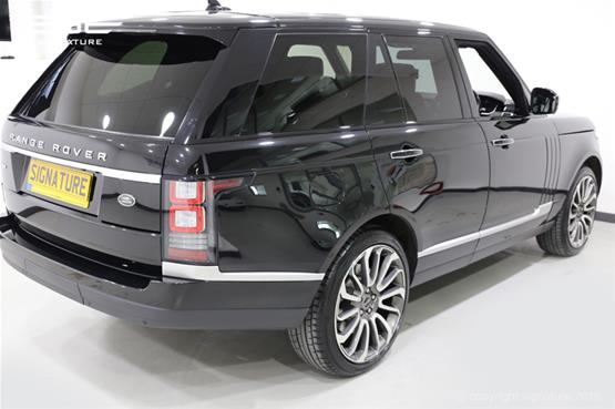 range-rover-autobiogrpahy-4.4-rear