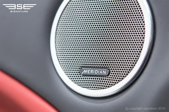range-rover-evoque-convertible-hse-dynamic-lux-sound-system