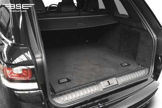 range-rover-sport-svr-boot space
