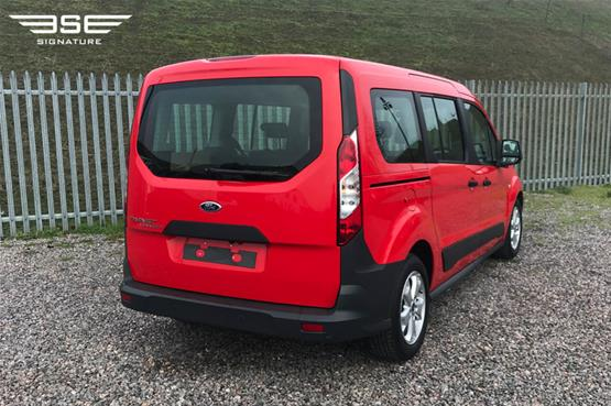 red_ford_van_04