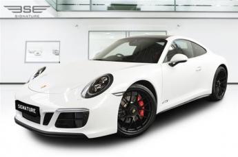 Porsche 911 GTS Rental