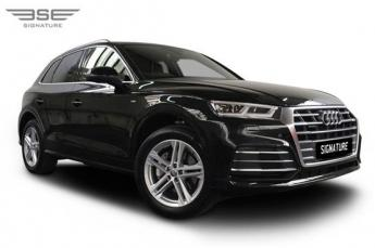 Audi Q5 Right Front View