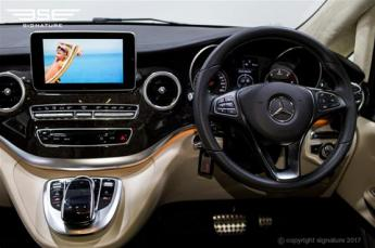 luxury-mercedes-v-class-dash